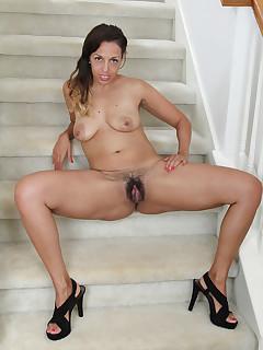 Hairy Legs Pics